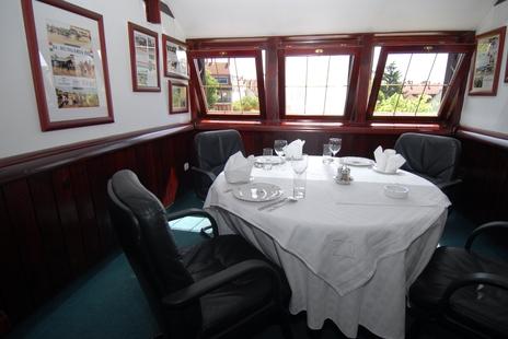 Hozam Hotel & Restaurant